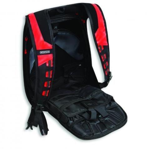 rucksack red 3